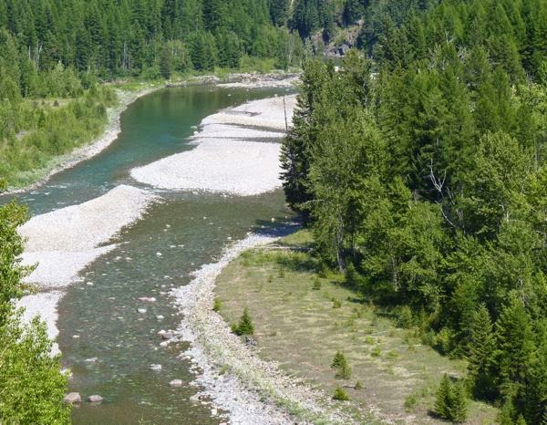River with gravel islands