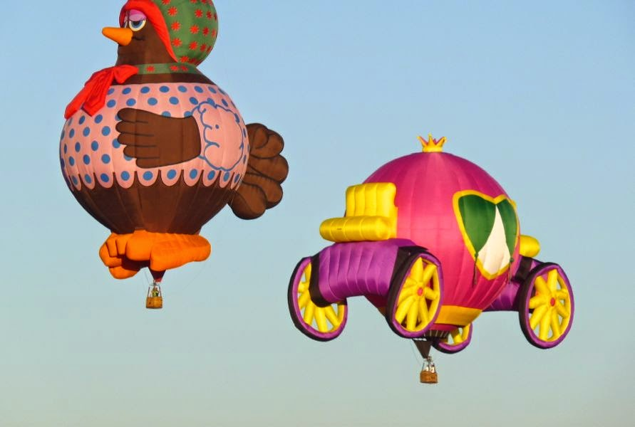 Chicken and charriage balloons