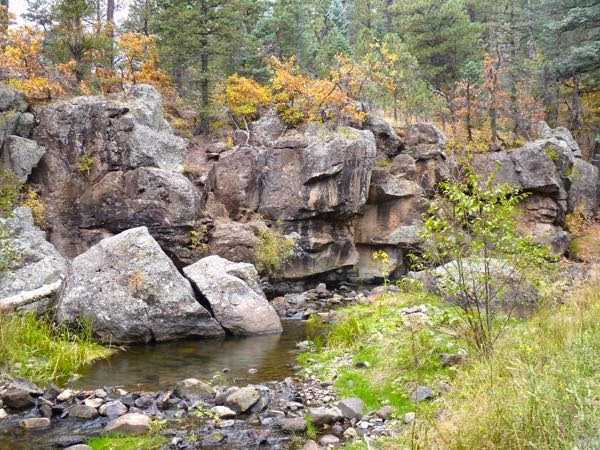 Creek and rocks during Fall