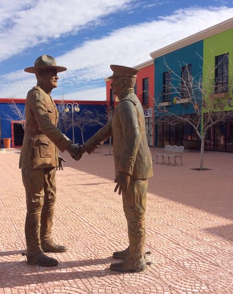 Statues of two warriors shaking hands