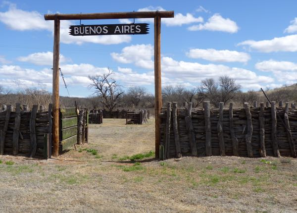 Fence, entry to corral