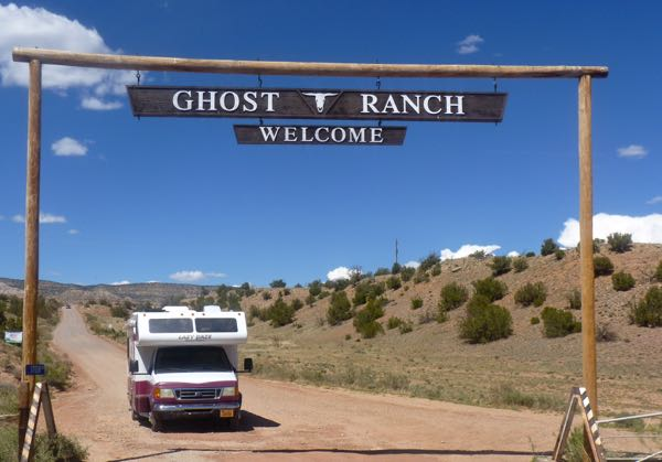 RV, Ranch entrance