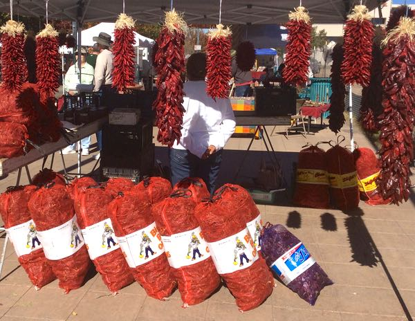 Chiles, produce